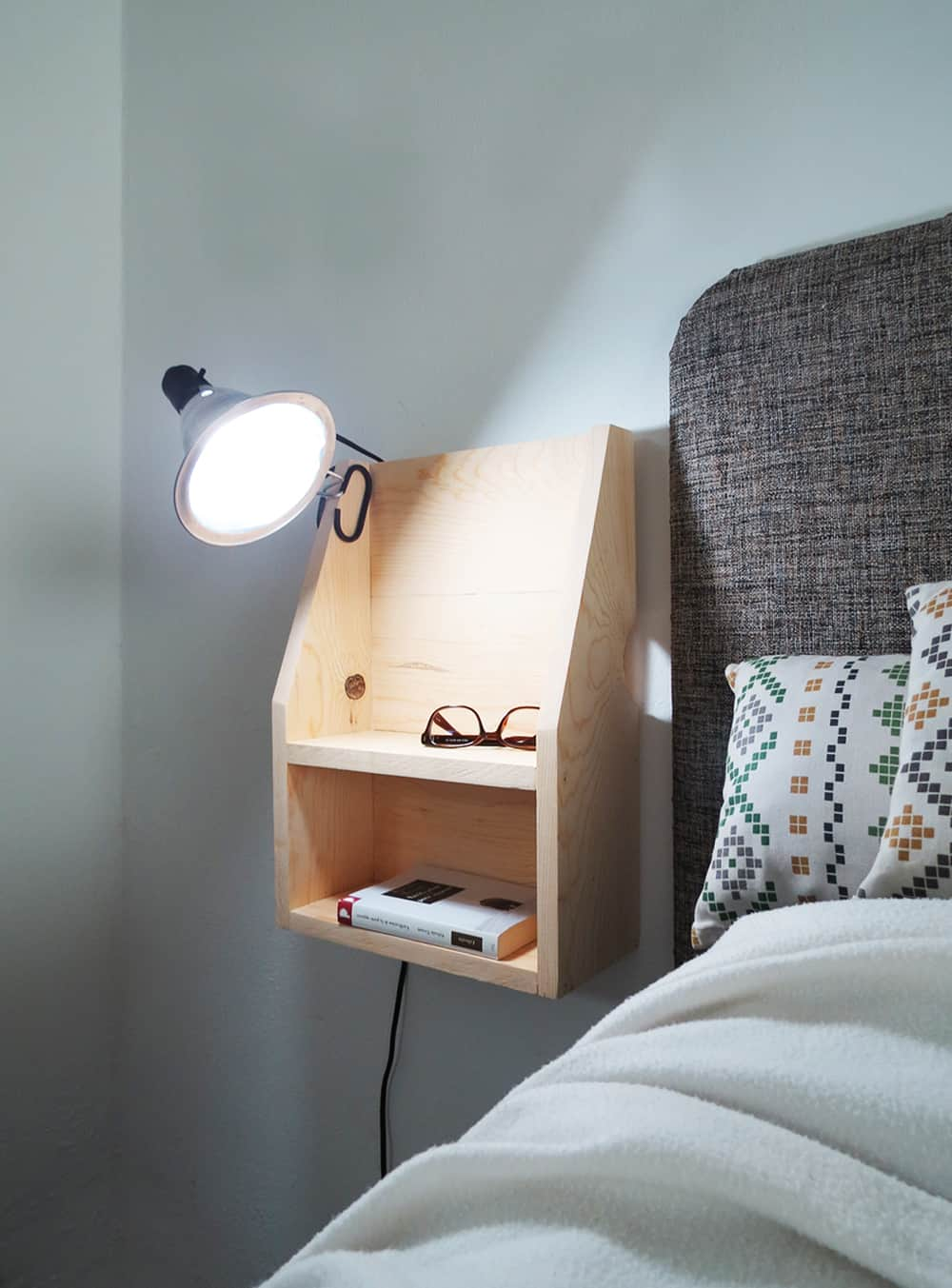 How To Build A Floating Nightstand Ohoh Deco