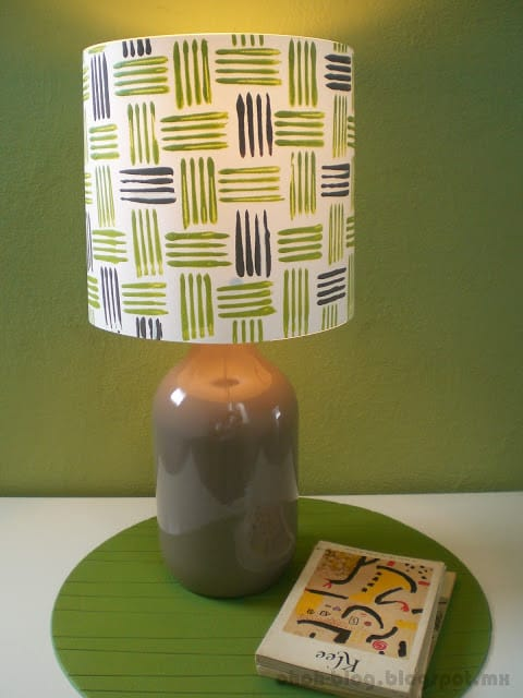 DIY lamp with a bottle + Tutorial / Lampara con una botella