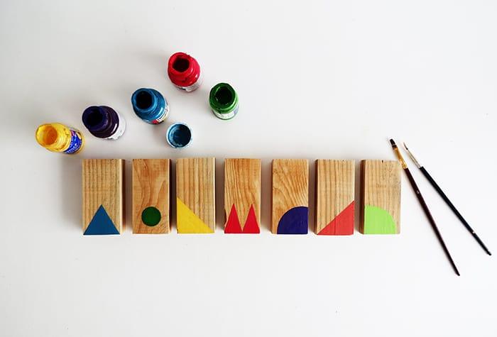 paint diy dominoes